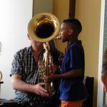 Instrumente kennen lernen und ausprobieren