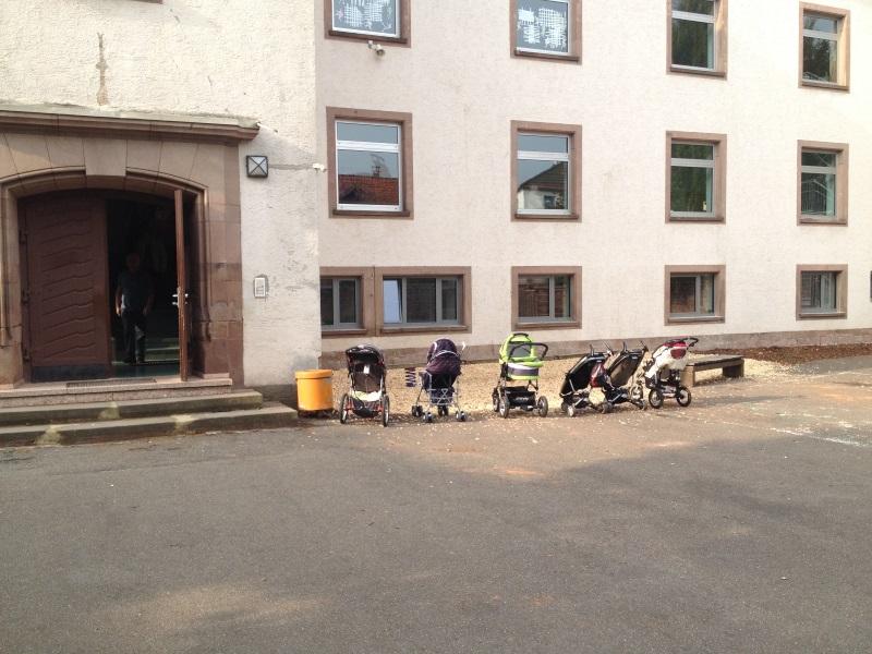 201_Einschulung_Kinderwagen